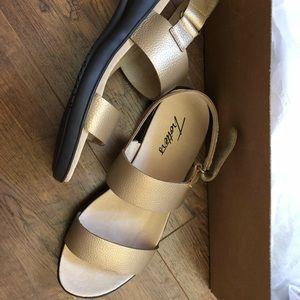NEW wedge metallic sandals